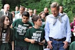 Bundespräsident Christian Wulff im Rahmen einer Waldkampagne